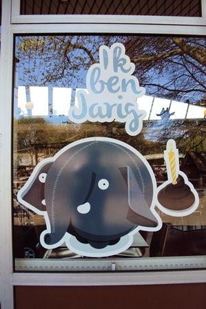 Diergaarde Blijdorp, Terraszaal, Olli is 1 jaar!, foto Angela Kuckartz, 11-04-2014