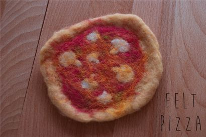 Felt Pizza made by coloured wool