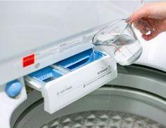 Se vierte el vinagre en la lavadora. Cuando veas por qué lo hace, querrás hacerlo tú también.   LikeMag   We like to entertain you