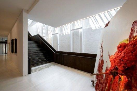 White Rabbit Gallery - Smart Design Studio