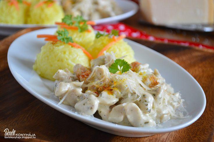 Barbi konyhája: Sajtkrémes, gombás csirkemellragu