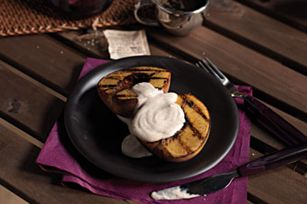 Grilled Peaches with Cinnamon-Sour Cream Sauce Recipe - Kraft Recipes