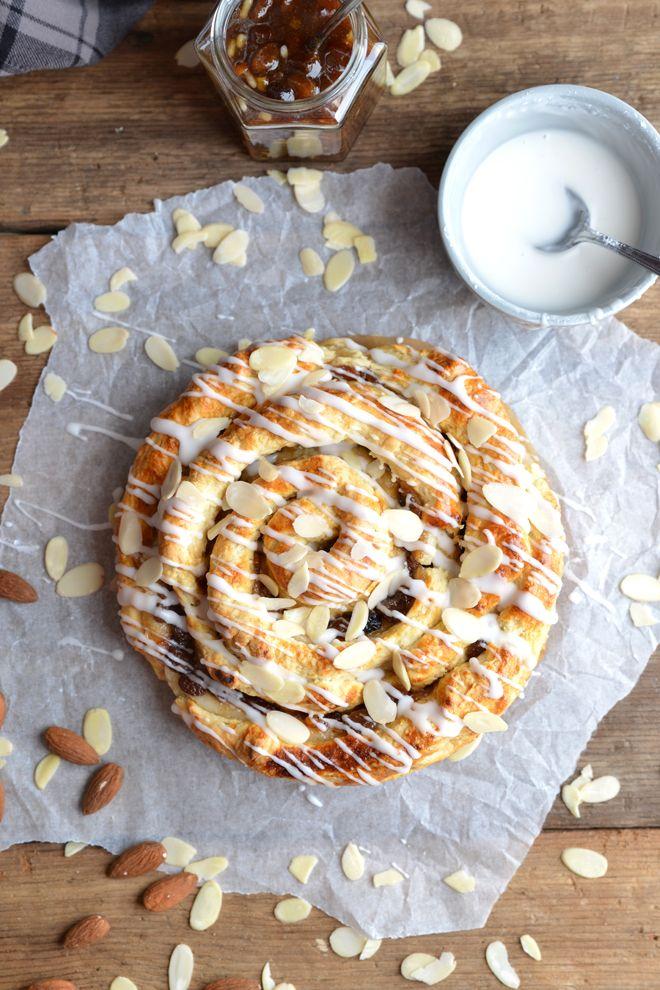 Mince Pie Marzipan Swirl - Bakemas Day 15