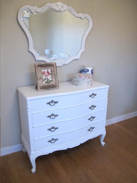 C moda estilo luis xv en blanco con espejo muebles - Comoda con espejo ...