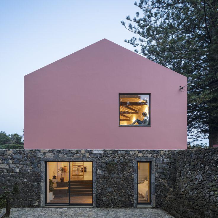 Casa Rosa / Mezzo Atelier