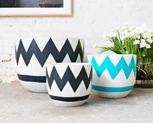 Pop  Scott Pots - Large. Lets get creative and add some colour to your retro pots.