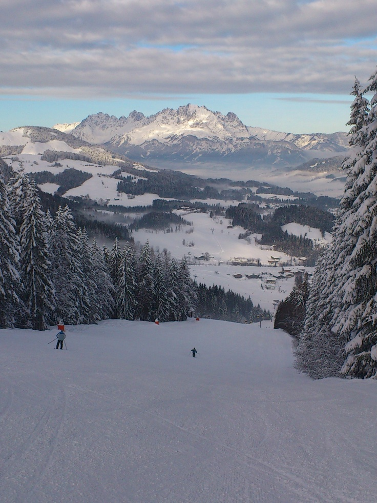 skiing in #Fieberbrunn #Austria with amazing view to #WilderKaiser mountains