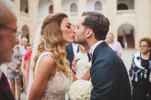 Elegant γαμος με χρυσο και μαυρο στη Λευκωσια | Πανια & Χαρης  See more on Love4Weddings  http://www.love4weddings.gr/elegant-wedding-lefkosia/  Photography by ANTONIS GEORGIADIS PHOTOGRAPHY   http://www.georgiadisphotography.com  #galialahav