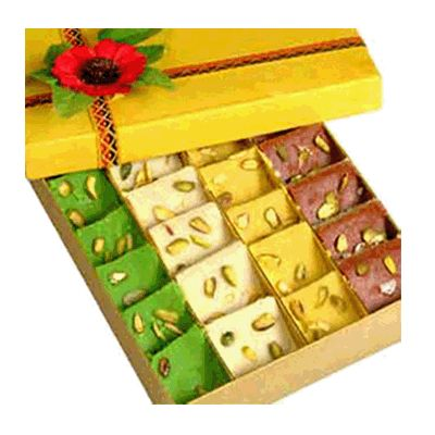 Send Online Delicious Sweets to Solapur, Diwali sweets delivery in Sholapur at best price from gift2solapur – place order online now.