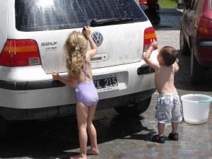 Kenapa Perlu Merawat dan Mencuci Mobil Sendiri?