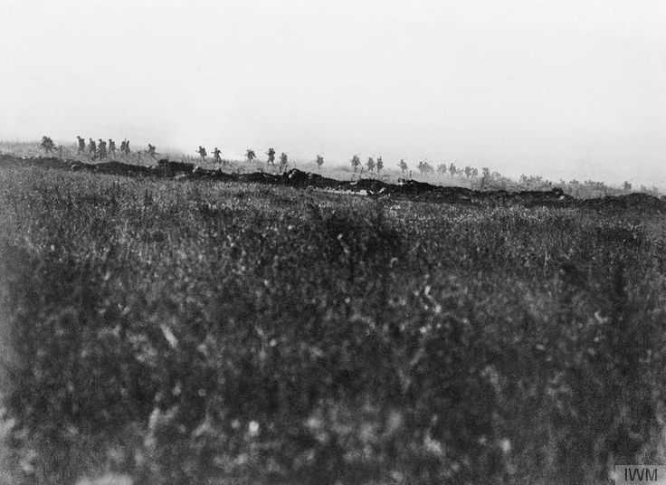"WWI covered live on Twitter: ""Tyneside Irish Brigade, zero hour July 1 1916 during the attack on La Boissell https://t.co/FskVfu0lLl https://t.co/An6kZxOBAC"""