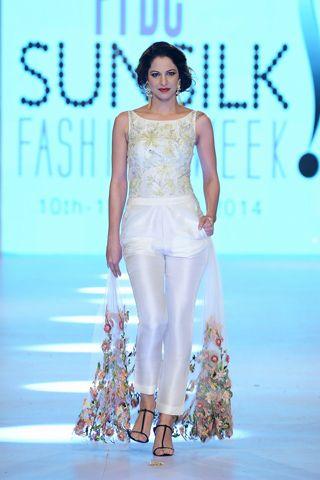 Zara Shahjahan Collection at PFDC Sunsilk Fashion Week 2014 Day 4