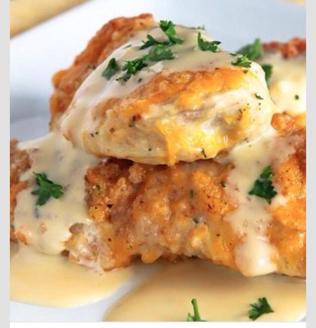 Crispy Cheddar ChickenSource: http://www.tablespoon.com/recipes/crispy-cheddar-chicken/641223c4-5096-4022-a5b8-583a1845bad8?nicam4=SocialMedia&nichn4=Pinterest&niseg4=Tablespoon&nicreatID4=Post&_szp=110535&_szp=114309