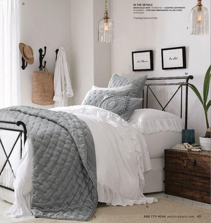 Loleta sleigh bed in matte bronze finish, Chenille Jute rug, Mendell trunk