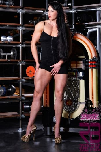 Images about muscle women on pinterest bodybuilder muscle and quad