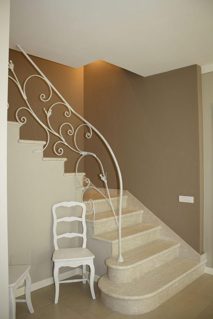 Oltre 25 fantastiche idee su ringhiere in ferro su - Ringhiere in ferro per interni ...