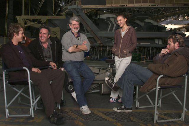 George Lucas, Ewan McGregor, Natalie Portman, Hayden Christensen and Rick McCallum in Star Wars - Επεισόδιο ΙΙΙ: Η Εκδίκηση των Σιθ