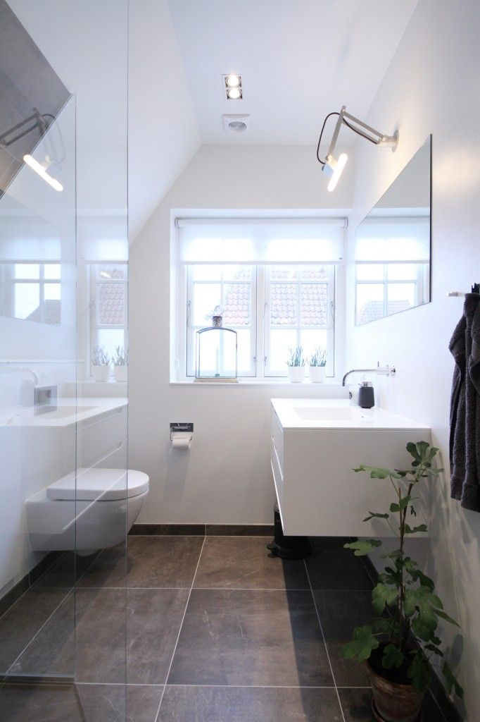 Interessant til et lille badeværelse med skråvægge. små badeværelse inspiration - Google-søgning