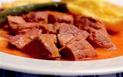 Tas kebabı tarifi,Et Yemekleri,Sofra Dergisi denenmiş yemek tarifleri
