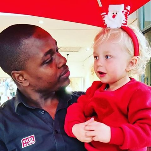 Coffee is not just a 'Grown Up Thing', its a culture, which can be en-grained and nurtured from a young and tender age.  Tis the season to be jolly!  Phillip Kasipo from vida Paddocks & little Leighton counting down the days until Christmas (31 to be exact) #vidaecaffe pic by @cathholmesct