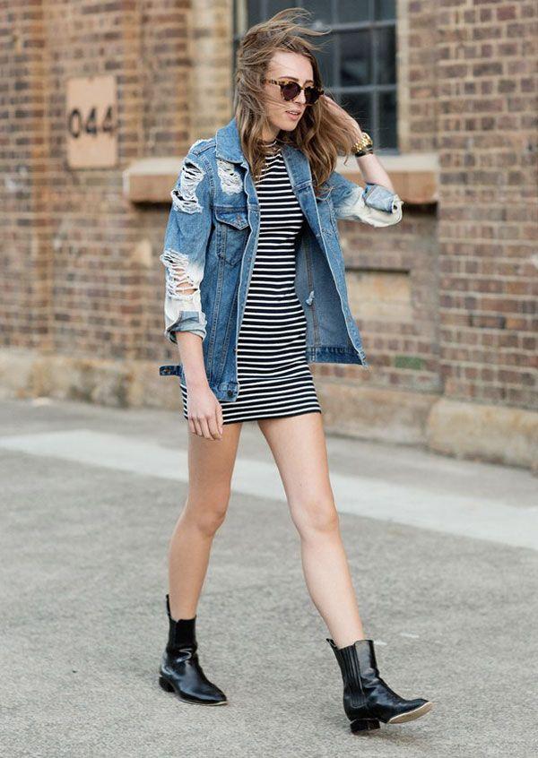 vestido listras tshirt jaqueta jeans look