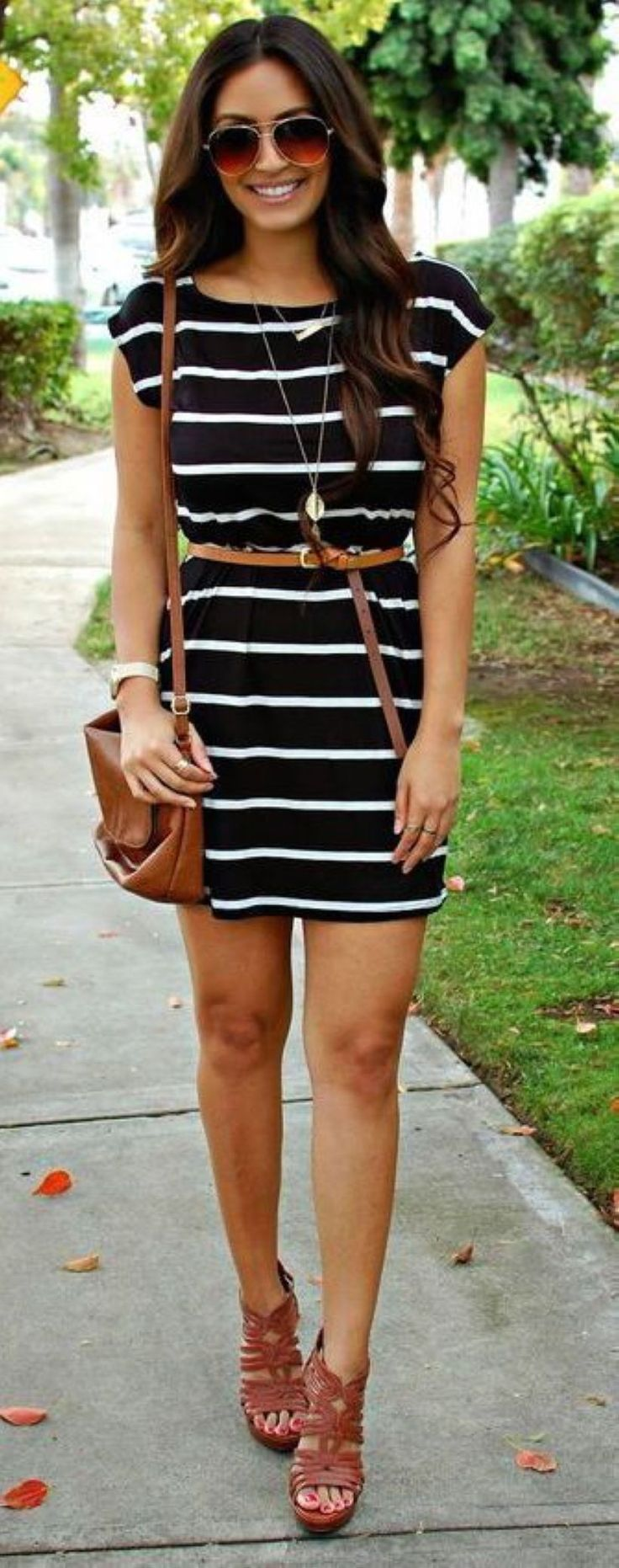 Stunning 48 Trending Summer Outfit Ideas to Copy Right Now #summerfashions,