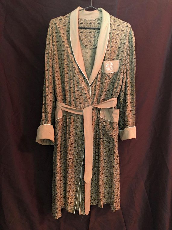 7ba9effe31b Very handsome vintage men s pajama and robe set
