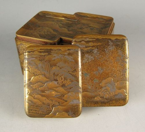 Japanese Antique Gold and Silver Lacquered Covered Box
