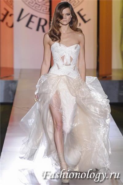 Вечернее платье версаче модные выпускные платья