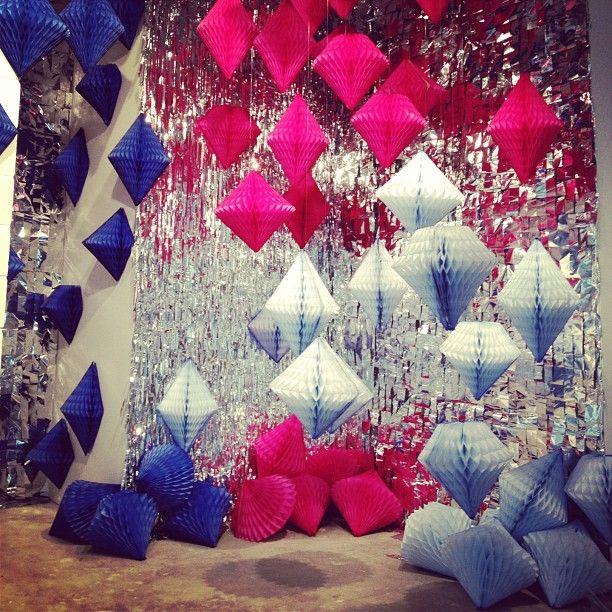 confetti system installation, tissue diamond shapes