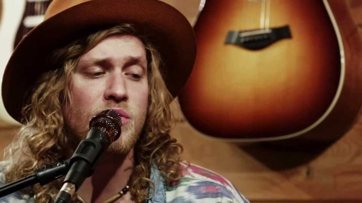 Allen Stone - 'Million' - From The Cabin (+playlist)  Great song.  Plenty of sweet rim shots. (percussion term)