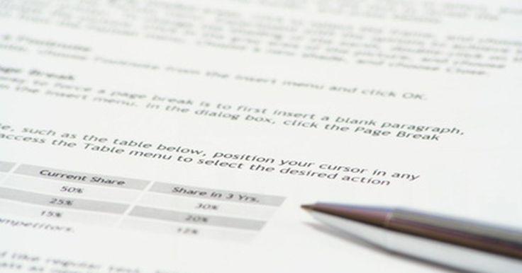 Cómo redactar un resumen de reporte. Sin importar que seas un estudiante escribiendo un reporte sobre una obra literaria, un empresario escribiendo un reporte de la compañía o un analista de investigación escribiendo un estudio sobre mercado, un resumen ayudará a los lectores a encontrar los puntos clave del trabajo. Un resumen ejecutivo se encuentra al inicio del reporte, mientras ...