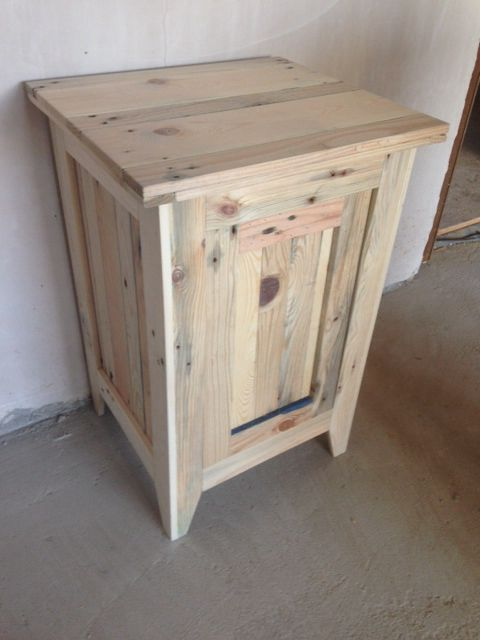 Bedside cabinet made from pallet wood