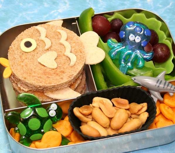 Super FUN Under the Sea lunch idea for kids