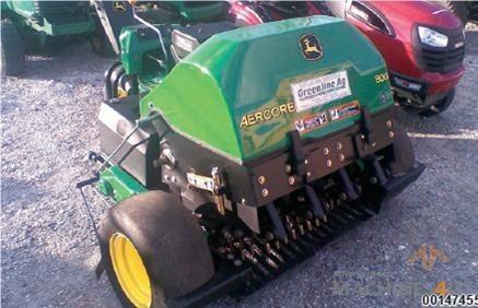John Deere Aercore 800 Walk Behind Aerator - http://www.machines4u.com.au/browse/Farm-Machinery/Garden-Lawn-Turf-140/Lawn-Turf-Equipment-1074/