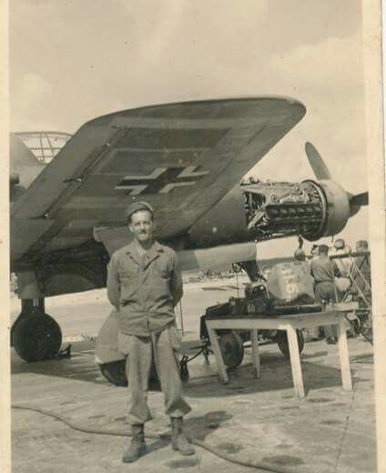 A captured Dornier Do 335, with american air maintenance personnel. ~ BFD