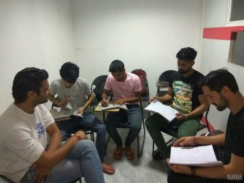 Gurukul Vidya Institute - KnowYourTutor Gurukul Vidya Institute mission is to provide quality education to students & focus on results.We Offers the best NDA,Bank PO ,SSC,IAS, HM,etc Courses. . we also provide the best study material , hostel facility, online test series   https://www.knowyourtutor.com/Tutor/gurukul-vidya-institute/2201 #Englishspeaking ##Englishspeakingcource #EnglishSpeakingCourseinChandigarh