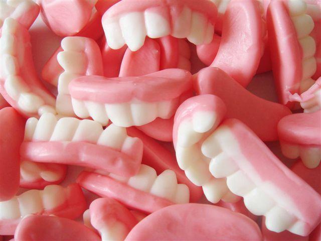 Bonbons - Dents de vampire