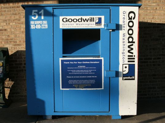 Fake Clothing Drop-off Bins Are Making a Profit From Your Charitable Donations | Ecouterre