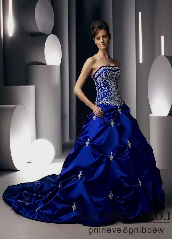 25  best ideas about Blue Wedding Gowns on Pinterest | Blue gown ...