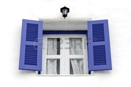 Telaio della finestra in stile moderno Archivio Fotografico