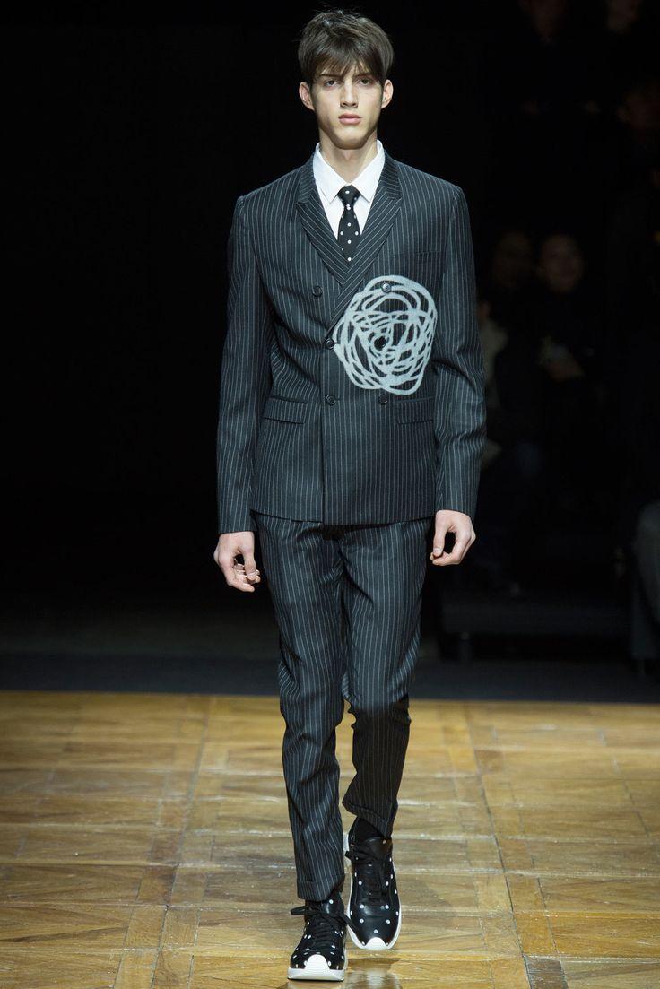 Dior Homme Fall 2014 Menswear Fashion Show