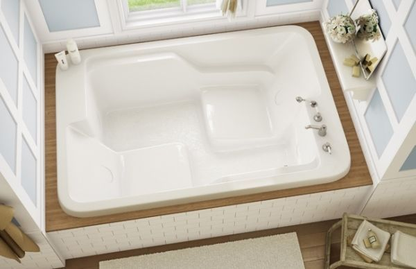 Unique Feature Spacious Tub With Built In Seats Designed For Two