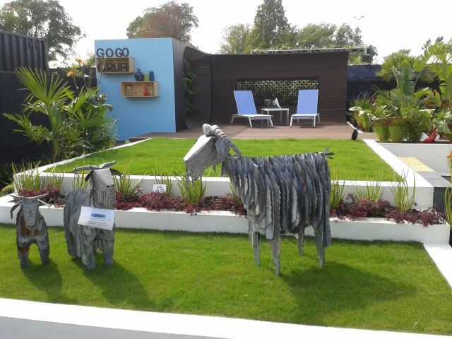 Animal iron art - from Art by the sea