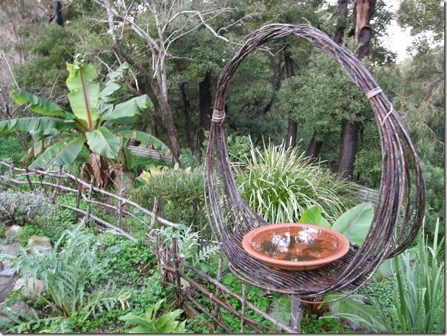 Willow tension tray birdbath- this is Deb Cantrill's page with the simple tension basket she demonstrated on Gardening Australia - idea for the rose prunings. Segment also had woven small fences.