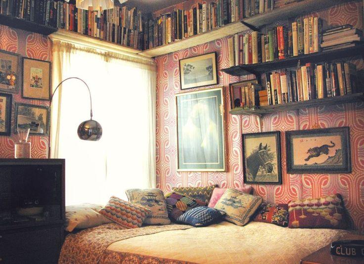 7 great bookshelf ideas from design sponge nooks for Bedroom ideas for book lovers