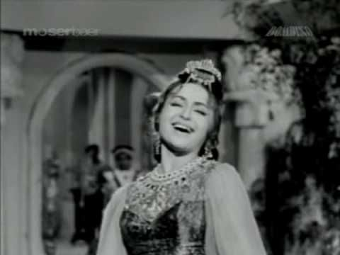 Dara Singh & Helen in song kaha se laye....movie Awara Abdulla