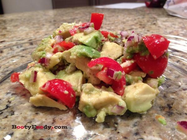 Avocado and Tomato Salad | H E A L T H Y F O O D S | Pinterest