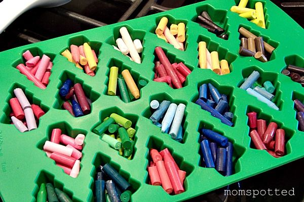 This Would Be A Great Gift For Students Christmas Make Your Own Shaped Crayons Tutorial Random Ideas Pinterest And