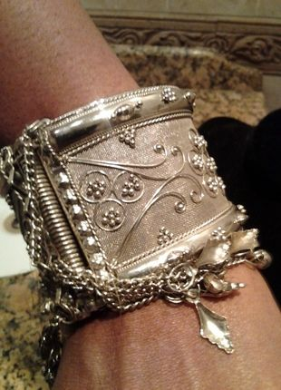 Beautiful Silver Vintage Cuff Bracelet